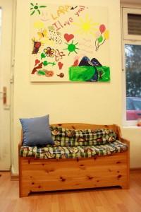 Foto von der Leseecke im SHIA-Kinderzimmer